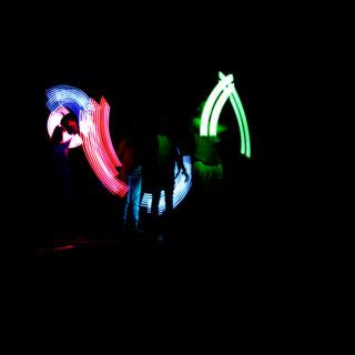 Występ zpokazem świateł LED