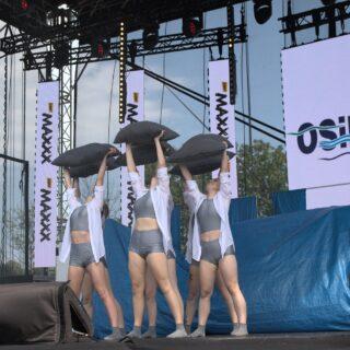 Zespół taneczny podczas Przeglądu Twórczości Gorlickiej Młodzieży